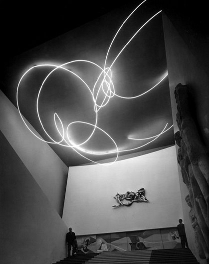 Lucio Fontana, Spatial Light – Structure in Neon, 1951; Image courtesy Photo Archive Fondazione La Triennale de Milano