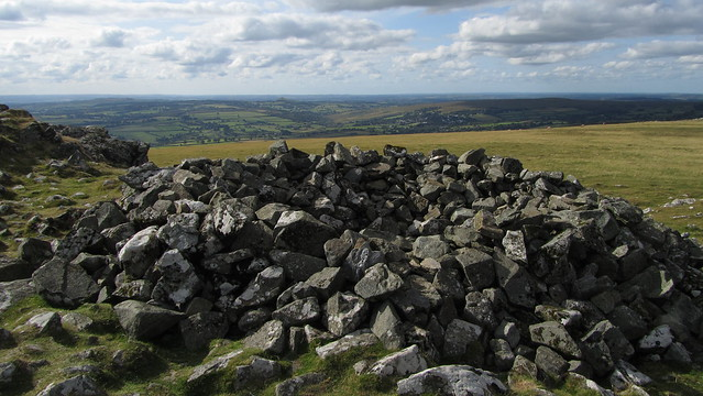 Cairn on Cox Tor
