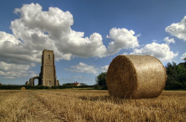 Straw bales, Covehithe