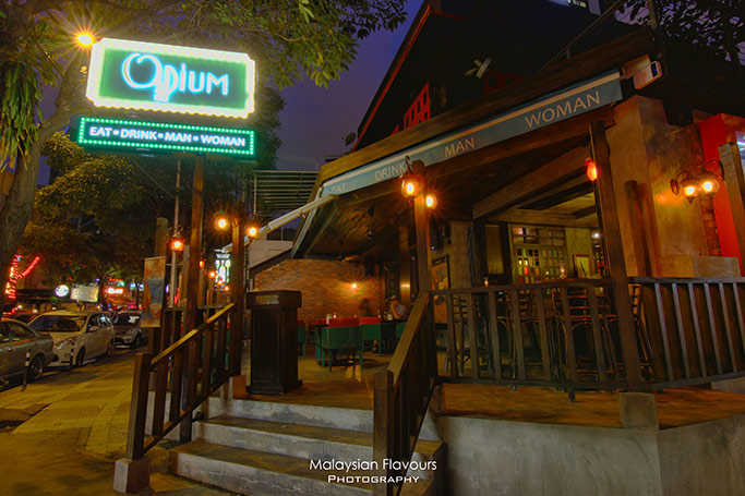 opium-kl-entrance