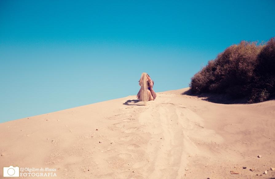 jugando con las dunas en el cabo de gata, Almería