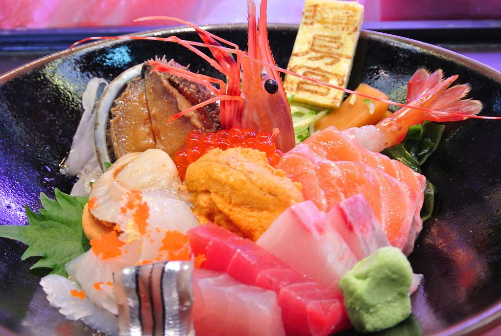 [台中]鵝房宮日式料理‧隱藏在市場中的平價美味‧一點利黃昏 ...