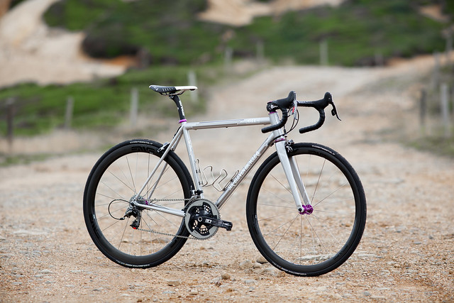 *SIX-ELEVEN BICYCLE CO.* road complete bike
