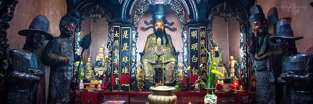 Jade Emperor Pagoda, Saigon
