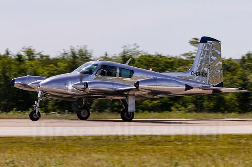 port canon general aviation 1ds cessna hawkesbury c310 cypd threemilesfinal cghdk