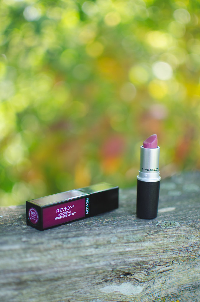 beautyosaurus-lex-alex-good-autumn-favorites-mac-lipstick-revlon