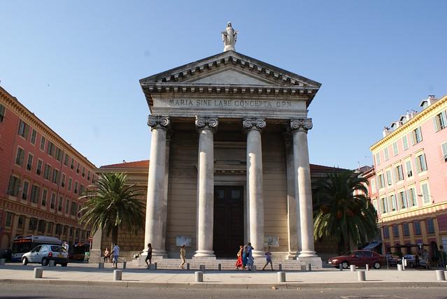 Eglise sur le port de Nice.