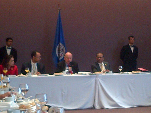 Secretary General of the OAS meets with CARICOM Heads of Delegation