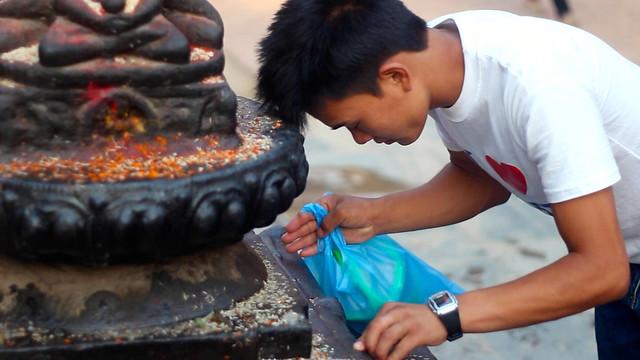Prayers at the Buddhist stupa in Kathmandu बौद्धनाथ - 1