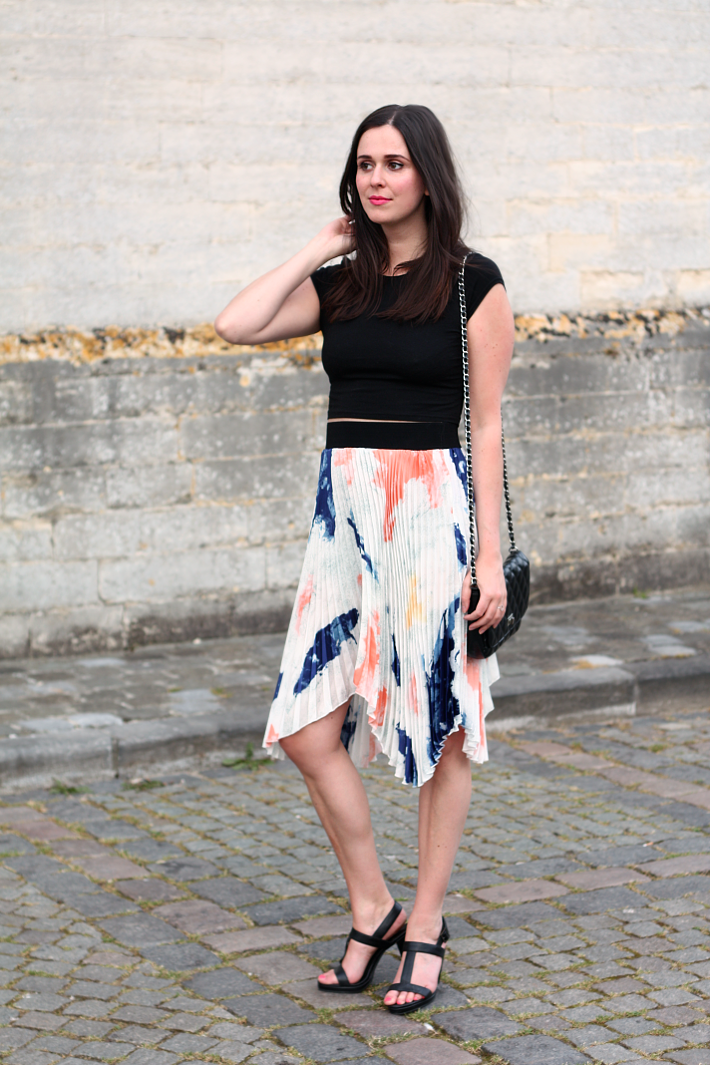 crop top pleated skirt asymmetrical outfit