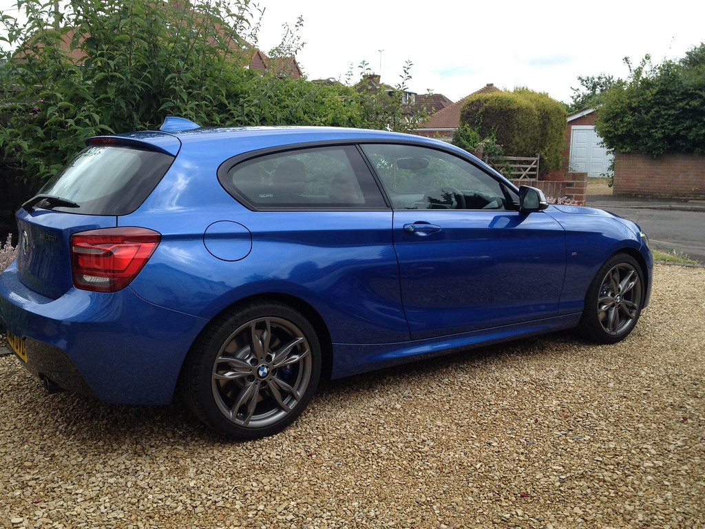 M135i collected some questions to the wise for Chrome line exterieur bmw
