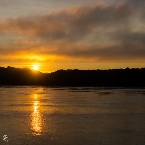 sunrise dawn iowa mississippiriver dubuque sdgiere