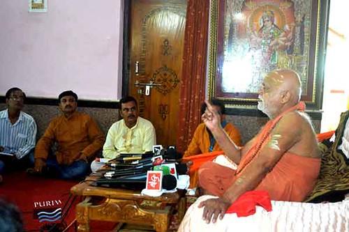 press meet of Jagatguru Shankarchrya rathyatra 2014
