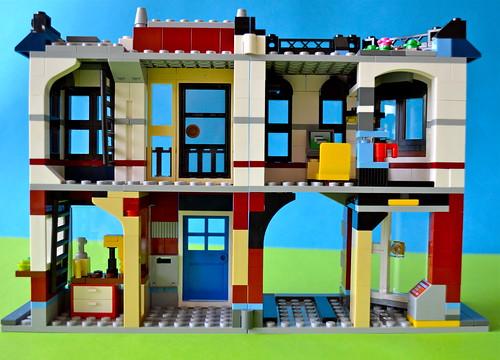 inside of LEGO auto-repair shop