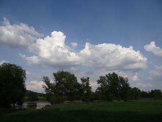 Wolken sind kein Schnee und es sind keine Schwäne 0995