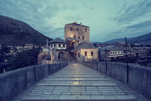 bridge light reflection architecture sunrise dawn europe empty mostar bosnia herzegovina balkans starimost