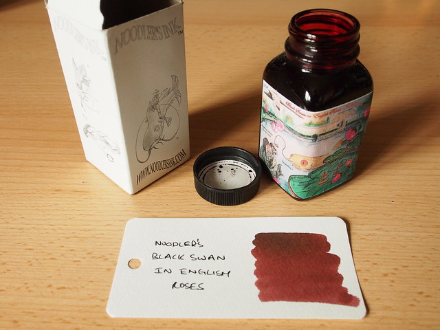 Noodler's Black Swan in English Roses - Ink Review