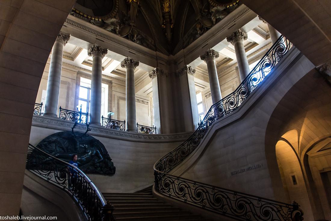 Louvre-47