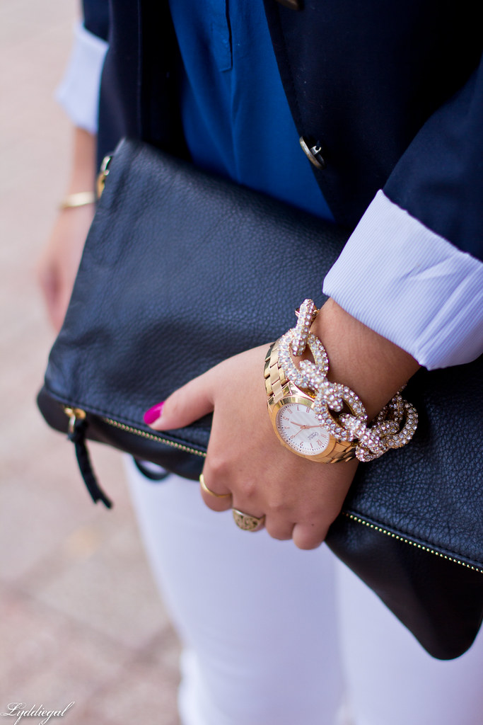 white jeans, navy blazer, leopard pumps-8.jpg