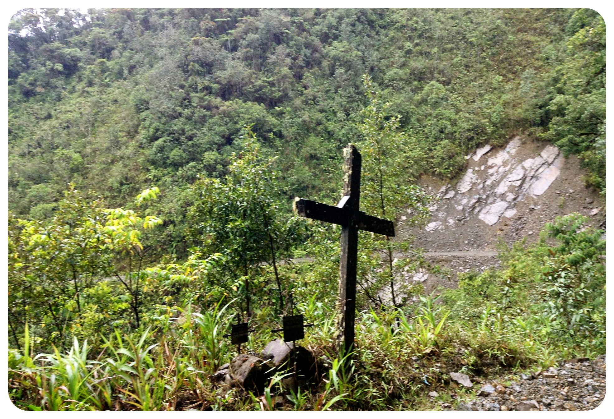 death road yungas road cross