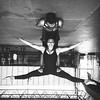 Uma questão de ponto de vista...  #acroyoga #duo #acrobacy #Circus