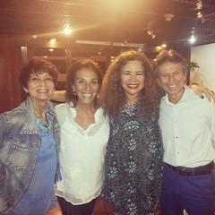 Com Vera Vianna, Alicinha da Silveira e Marco Rodrigues na noite do Sarau Cultural... @alicinhadasilveira