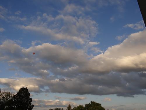 Das Wetter hielt sich gut der Ballon ging hoch 0005