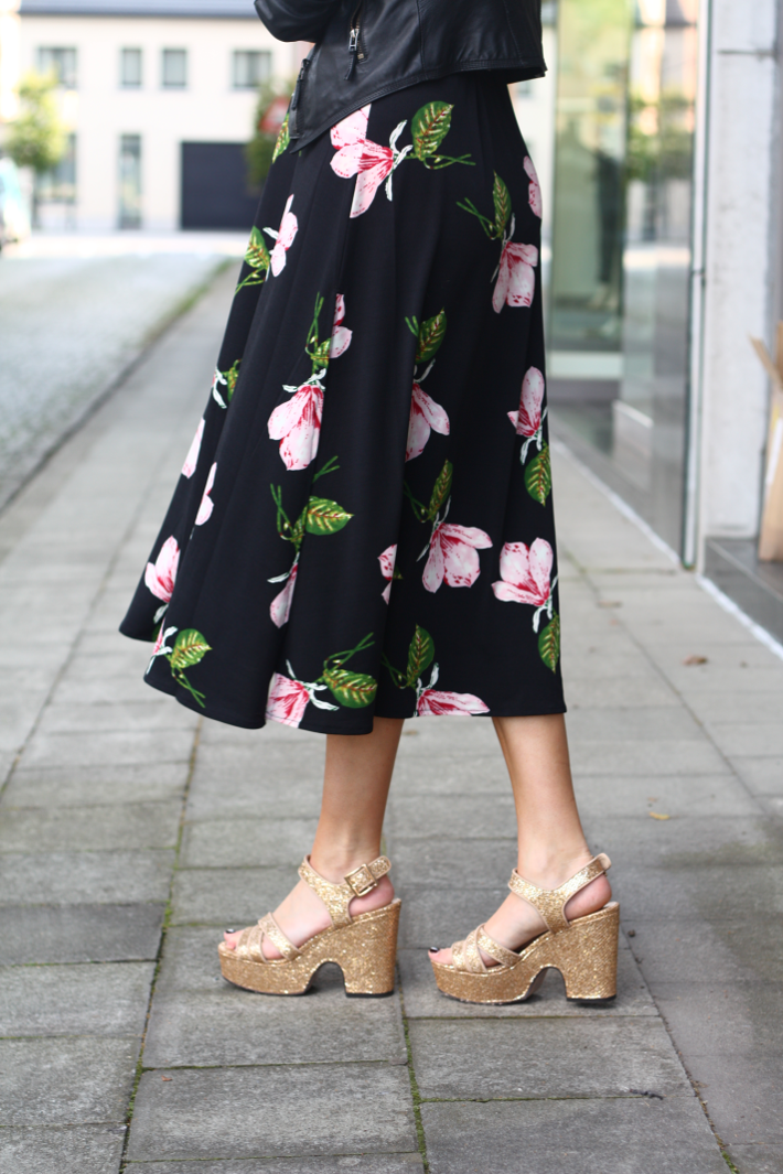 gold wedges floral midi dress