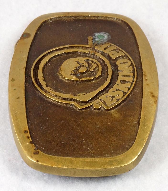 RD15316 Vintage Eskimo Pie Brand Brass Belt Buckle Advertising DSC09223