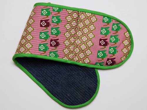 More oven gloves