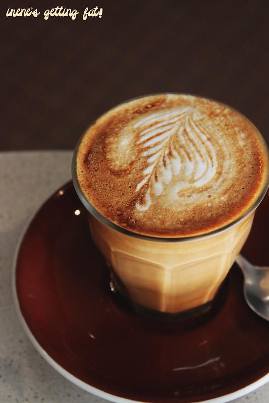 flourandstone-latte