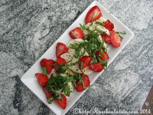 ©Erdbeer-Mozzarella-Salat (3)
