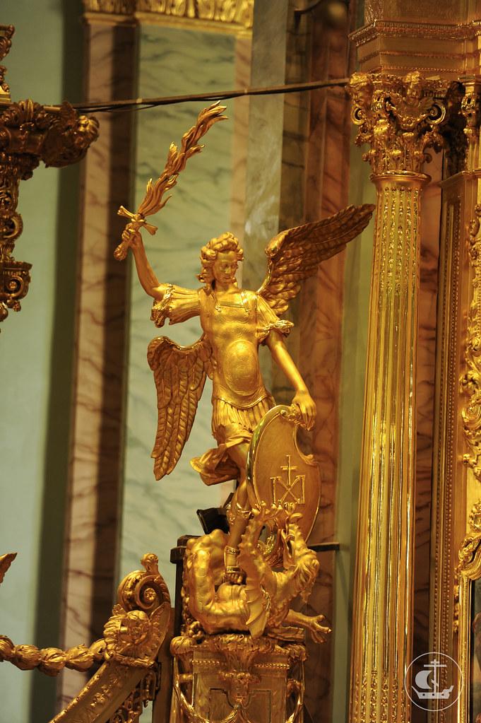 12 июля 2014, Патриаршая Божественная литургия в Петропавловском соборе