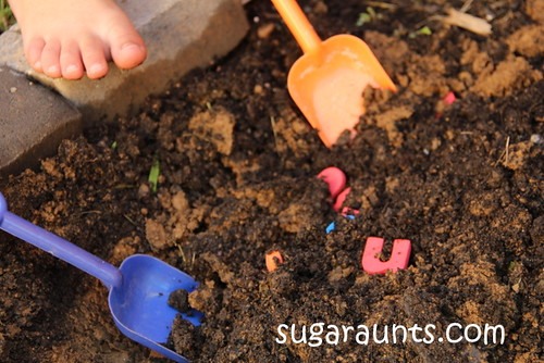 Digging for Letters (Photo from Sugar Aunts)