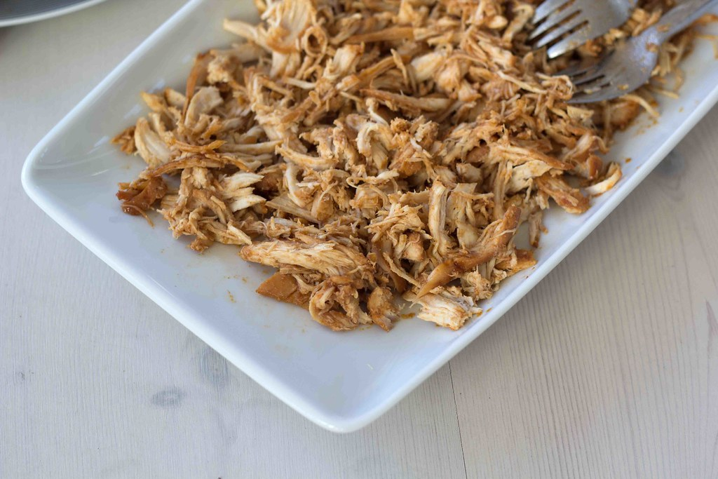 Recipe for homemade Pulled Chicken