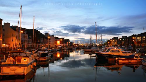 blue reflections boats nikon harbour hour yachts douglas isleofman quayside d5200