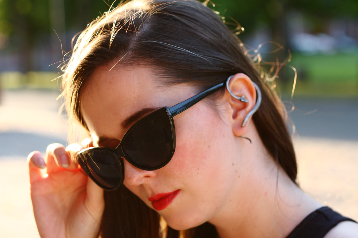 cat eye sunglasses snake earring