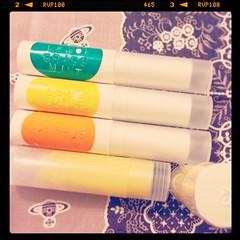新品有機潤唇膏! 4種味 - 原味、甘橘、檸檬薄荷、香茅薄荷 (由下至上) 存貨不多、大家留貨請早通知!