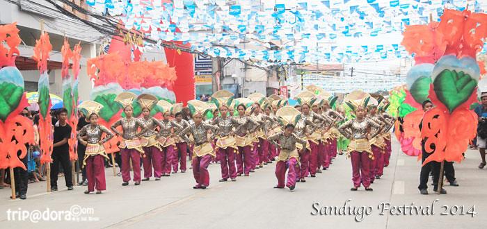 Bohol Sandugo Festival 2014 by www.tripadora.com