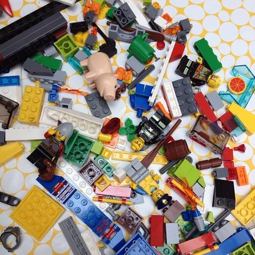 Dag 38: bouwen en herbouwen al de hele dag #Lego #dezomervan2014