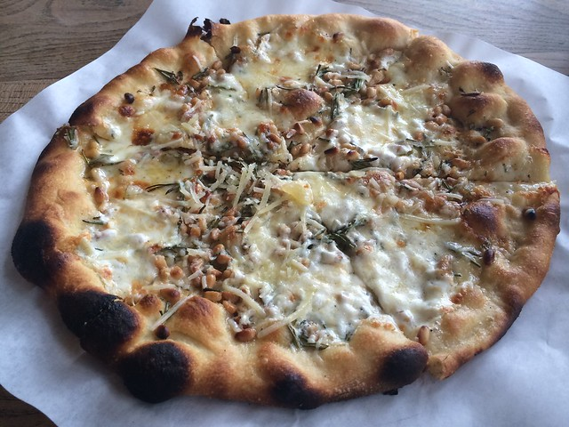 Rosemary pizza - Pizzetta 211