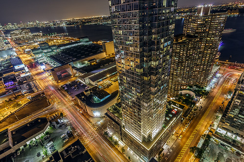 newyorkcity longexposure rooftop night river chelsea conventioncenter hudson westside birdseyeview hellskitchen nycskyline 42ndstreet residences railyards glasscurtainwall 11thave clearskies silvertowers glasspanes larrysilverstein costaskondylis jacobkjavits strykapose