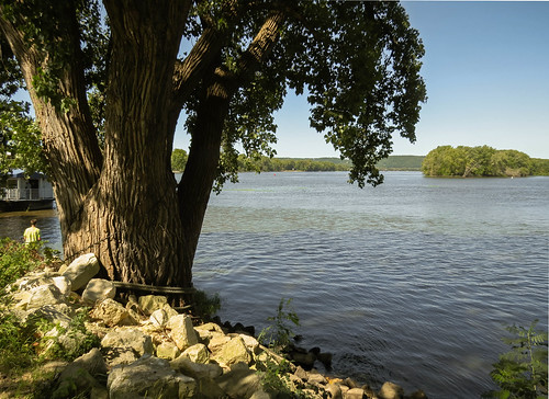 water wisconsin river landscape midwest scenery mississippiriver