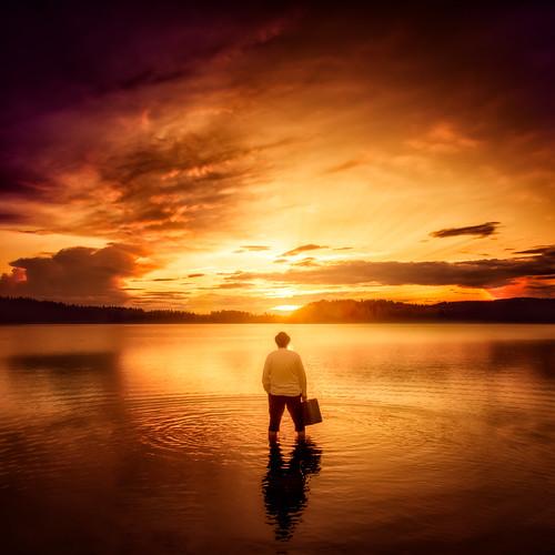 lighting sunset red lake selfportrait reflection colors yellow clouds suomi square zoom 11 subject fi ripples nikkor dslr suitcase 70200 kuopio goldenhour d800 2470mmf28 pohjoissavo niuvantie