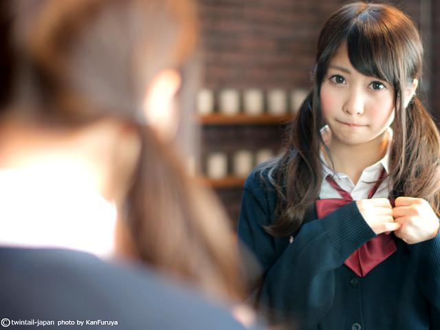 衝撃の中学時代写真 ウエスト51センチの美乳 佐野ひなこ【画像58枚 動画3つ】