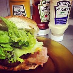 Lanchinho! #hamburguerCaseiro