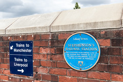 Photo of George Stephenson and Arthur Wellesley blue plaque