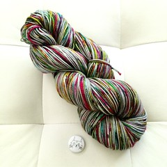 I am in love this yarn @spunrightround #graffitioverlay11 #yarnlove
