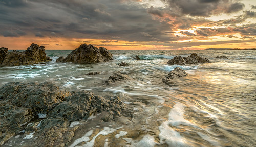 sunset sea seascape clouds zeiss landscape nikon waves mon d800 21mm anglesey ynys rhosneigr