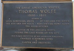 Photo of Thomas Wolfe brown plaque